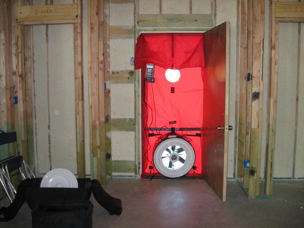 insulation blower door test staten island brooklyn queens. Black Bedroom Furniture Sets. Home Design Ideas